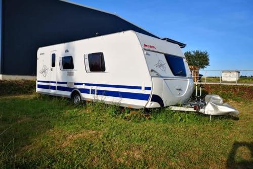 Wohnmobil mieten in Buchen von privat | Dethleffs ComfortCamper