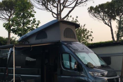 Wohnmobil mieten in Stuttgart von privat | Hymercar Hymercar