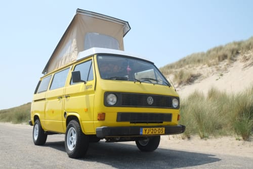 Wohnmobil mieten in Rotterdam von privat | Volkswagen Mellow Yellow