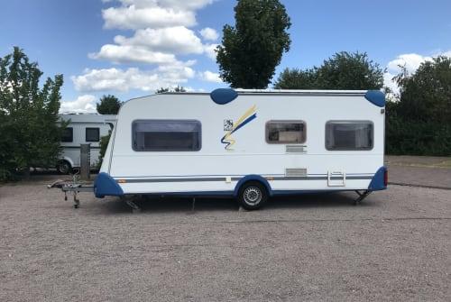 Wohnmobil mieten in Rüsselsheim am Main von privat | Knaus Blueline