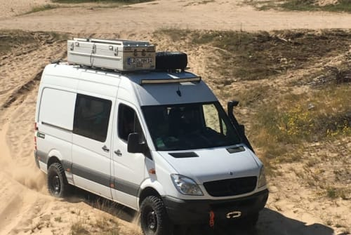 Wohnmobil mieten in Bad Doberan von privat | Mercedes Benz grüner Eisbär