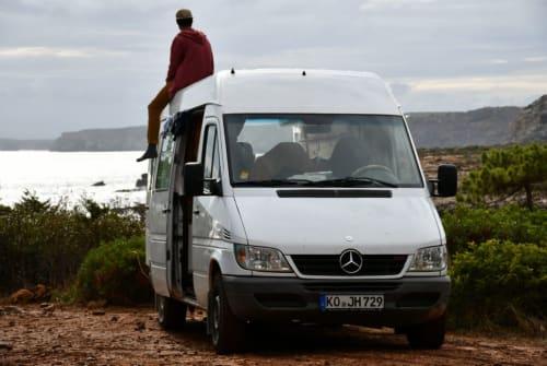 Wohnmobil mieten in Koblenz von privat | Mercedes-Benz  Nuuk