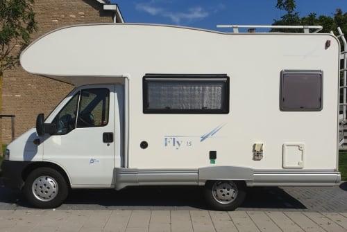 Wohnmobil mieten in Voorschoten von privat   SEA Luxe camper