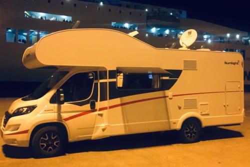 Wohnmobil mieten in Unterhaching von privat   Sunlight WoMo