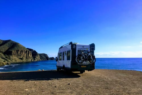 Wohnmobil mieten in Vélez-Málaga von privat | Knaus Knaus exclusief