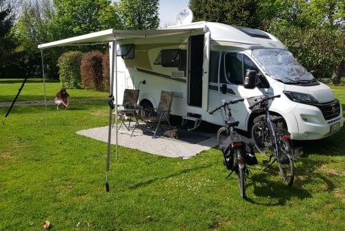 Wohnmobil mieten in Büdingen von privat   Carado Jennys Exklusiv