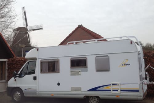Wohnmobil mieten in Hasselt von privat   Bürstner De Zwaluw