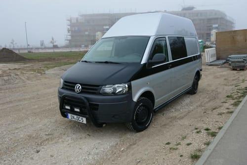 Wohnmobil mieten in Ingolstadt von privat | VW T5 Offroad  (4 Motion ) AnnaVan
