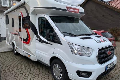 Wohnmobil mieten in Köln von privat | Challenger Lucie