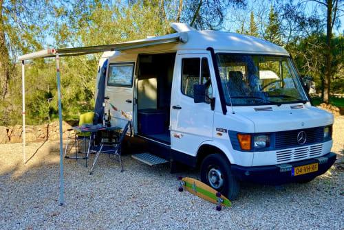 Wohnmobil mieten in Alcantarilha von privat | Mercedes 208D Arnold