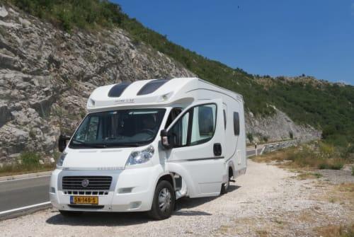 Wohnmobil mieten in Kortgene von privat | Home Car Ons ZeeuwsGeluk