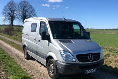 Wohnmobil mieten in Stuttgart von privat   Mercedes Benz Robbi