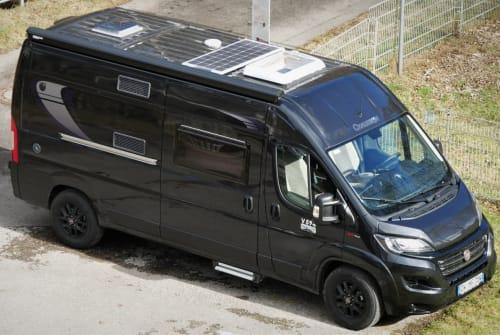 Wohnmobil mieten in Enzklösterle von privat | Chausson Black-Magic-Van
