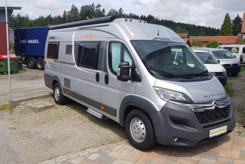 Wohnmobil mieten in Eggersdorf bei Graz von privat | Pössl HAPPY-TOUR