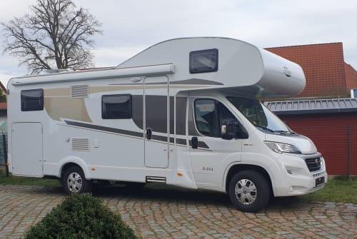 Wohnmobil mieten in Eberswalde von privat   Carado weißer Riese