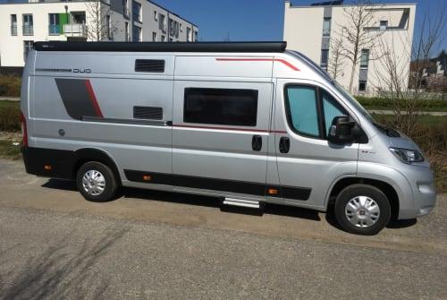 Wohnmobil mieten in Düsseldorf von privat | Roller Team Hannes