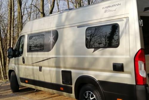 Wohnmobil mieten in Darmstadt von privat | KARMANN Mobil Champus