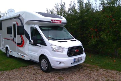 Wohnmobil mieten in Schnaittach von privat | Challenger Sundowner