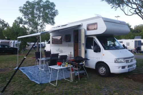 Wohnmobil mieten in Korntal-Münchingen von privat | Dethleffs Adventure