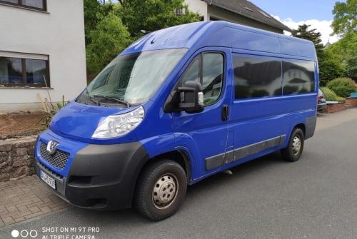 Wohnmobil mieten in Bonn von privat | Peugeot Schlumpfine