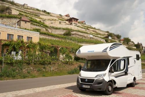Wohnmobil mieten in Augsburg von privat | Knaus Sky Traveller
