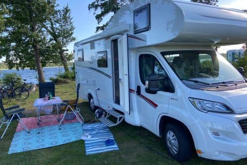 Wohnmobil mieten in Dorsten von privat   Dethleffs Alkoven Wohnmobil Lutz