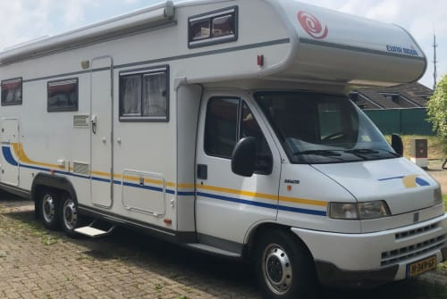 Wohnmobil mieten in Zwaagwesteinde von privat | Fiat Euramobil Fiat Eura Mobil