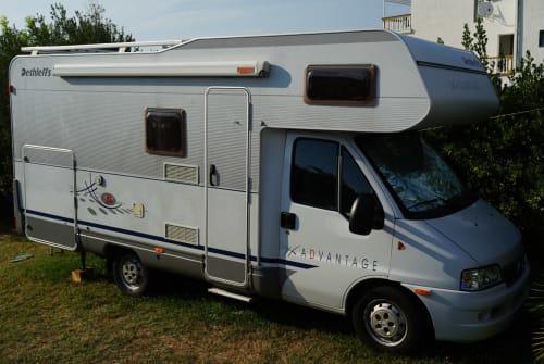 Wohnmobil mieten in Fulda von privat | Dethleffs Eduanna