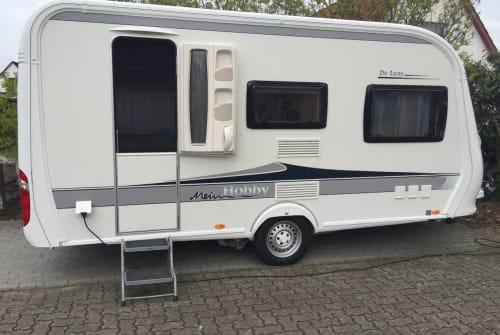 Wohnmobil mieten in Norderstedt von privat | Hobby DeLuxe mitMover