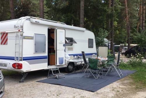 Wohnmobil mieten in Gersfeld von privat | Hobby Familia