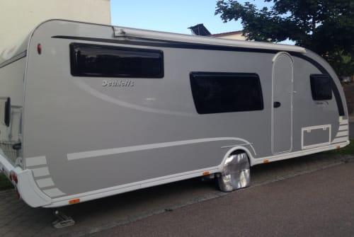 Wohnmobil mieten in Günzburg von privat   Dethleffs Aero-Silberlinier