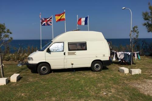 Wohnmobil mieten in Heidelberg von privat | Volkswagen Alex&CarosBulli