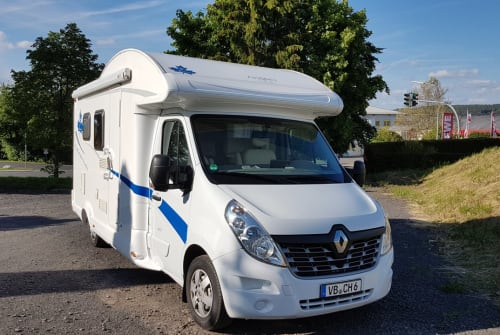 Wohnmobil mieten in Lauterbach (Hessen) von privat   Renault Master Bender-Mobil