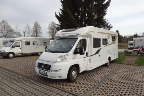Wohnmobil mieten in Wahlstedt von privat | Carado Cara Carado