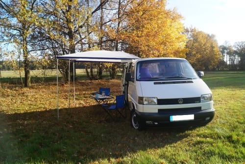 Wohnmobil mieten in Ludwigsfelde von privat   VW Sherlock Holmes