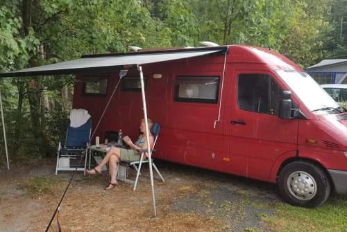 Wohnmobil mieten in Ridderkerk von privat | Mercedes De mooie rooie