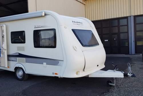 Wohnmobil mieten in Graz von privat | Hobby 440SF Rose I