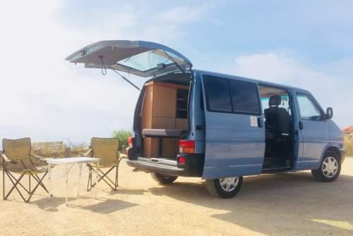 Wohnmobil mieten in São Pedro da Cadeira von privat | Volkswagen Uwe
