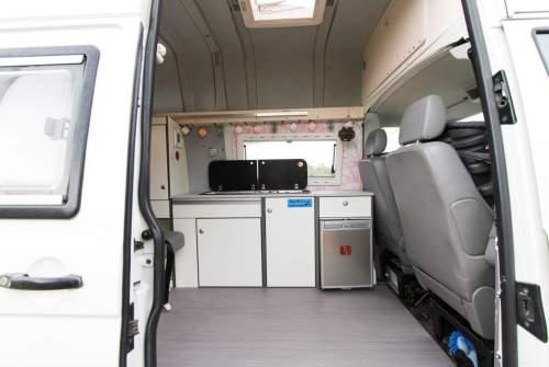 Wohnmobil mieten in Tarifa von privat | Volkswagen  Chicas SurfCamper