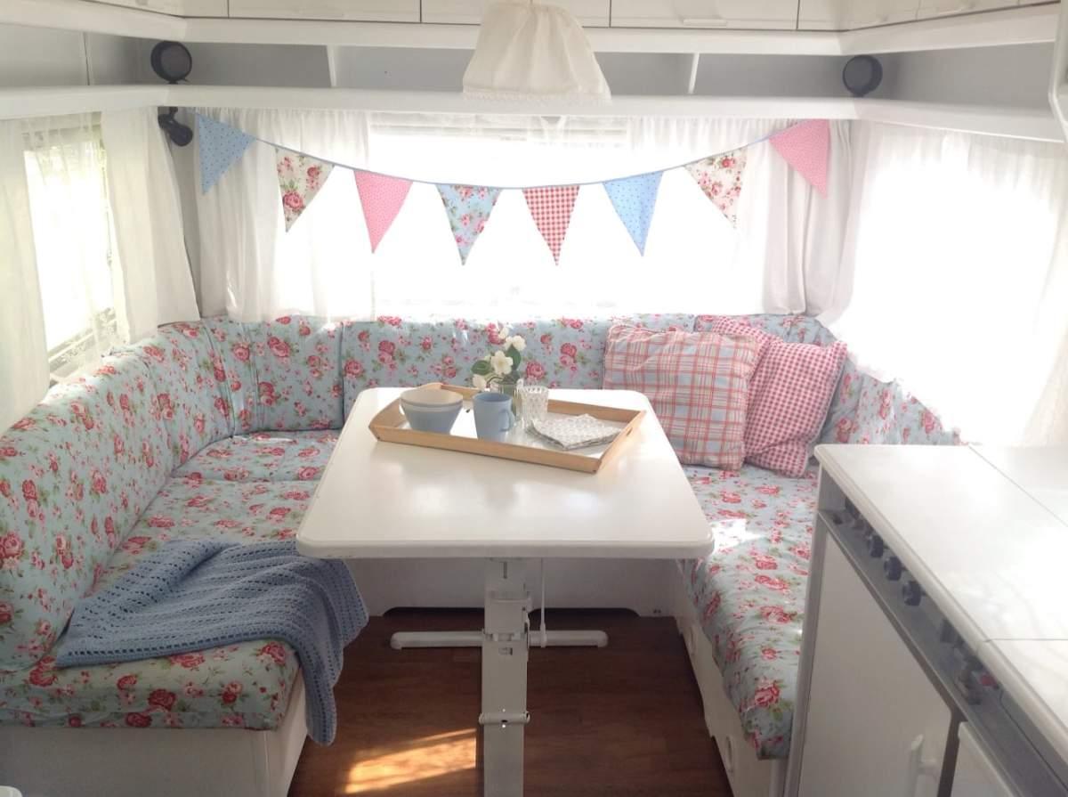 wohnmobil j 39 s family camper in k ln mieten. Black Bedroom Furniture Sets. Home Design Ideas